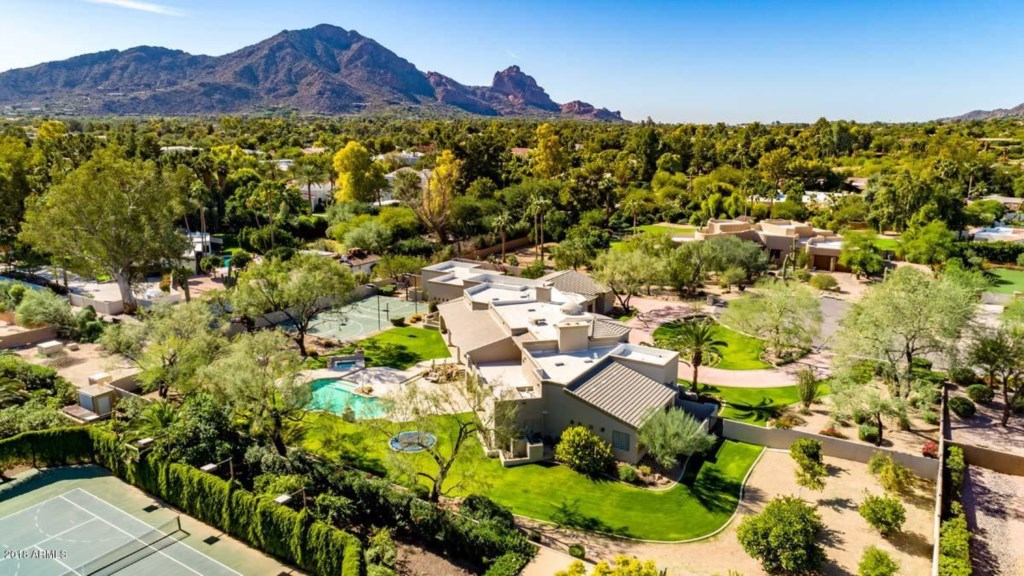One of the most private residences in Paradise Valley