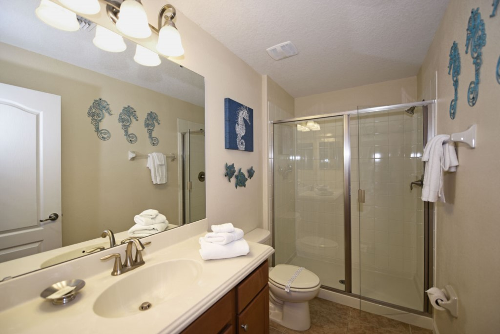 Bathroom61200