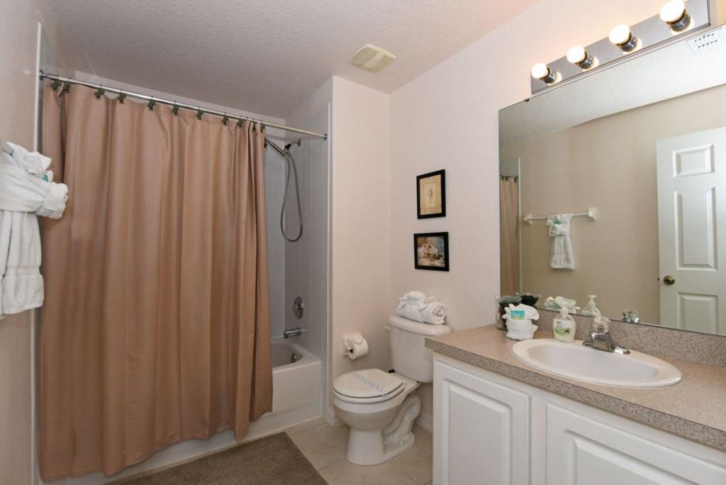 Bathroom 3 1200.jpg