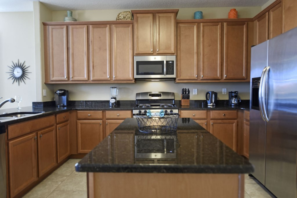 Kitchen 2 1200.jpg