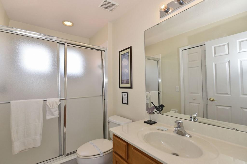 Bathroom41200