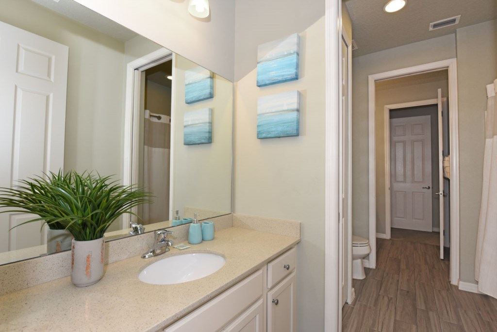 Bathroom 3 B 1200.jpg