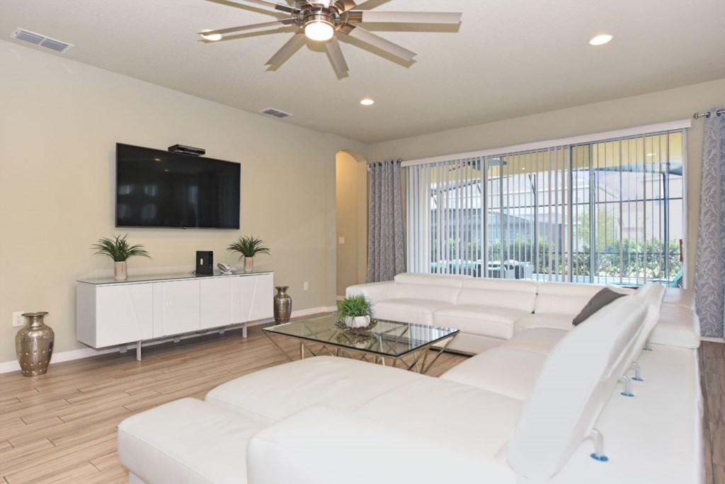 Living Room 2 1200.jpg