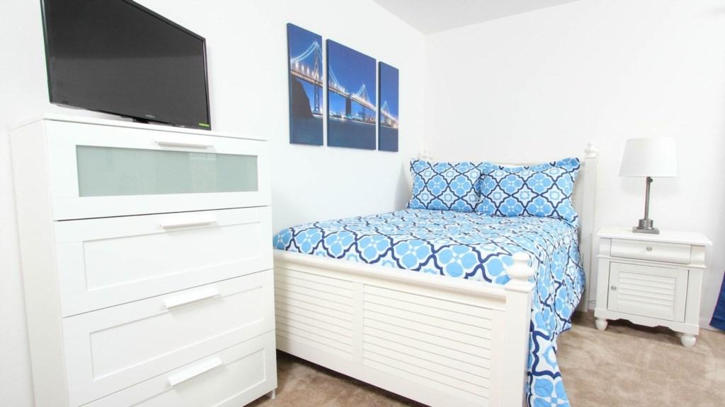 Bedroom 5a.jpg