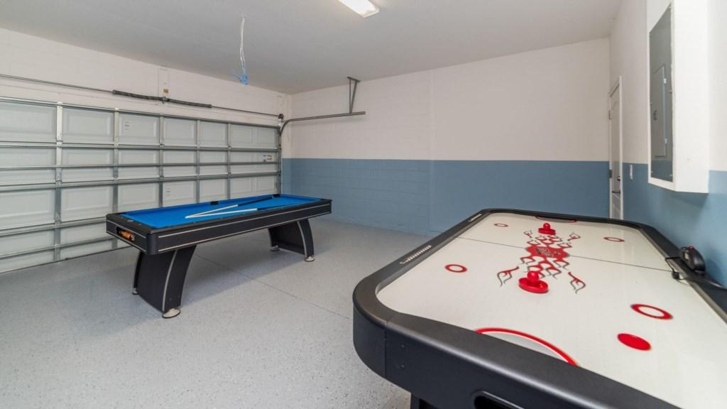 Game Room 1.jpg