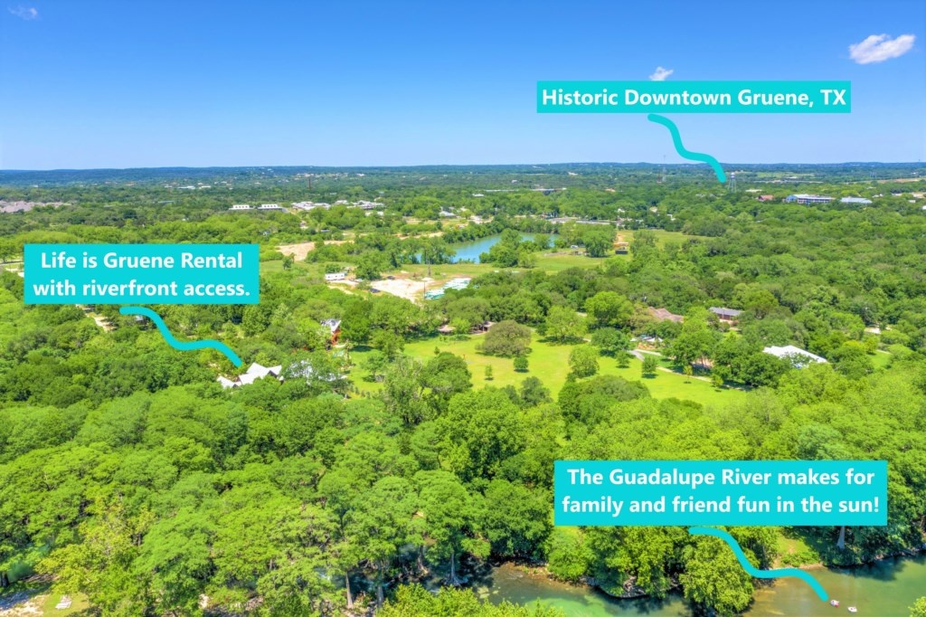 Aerial View of the Guadeloupe and Life is Gruene!