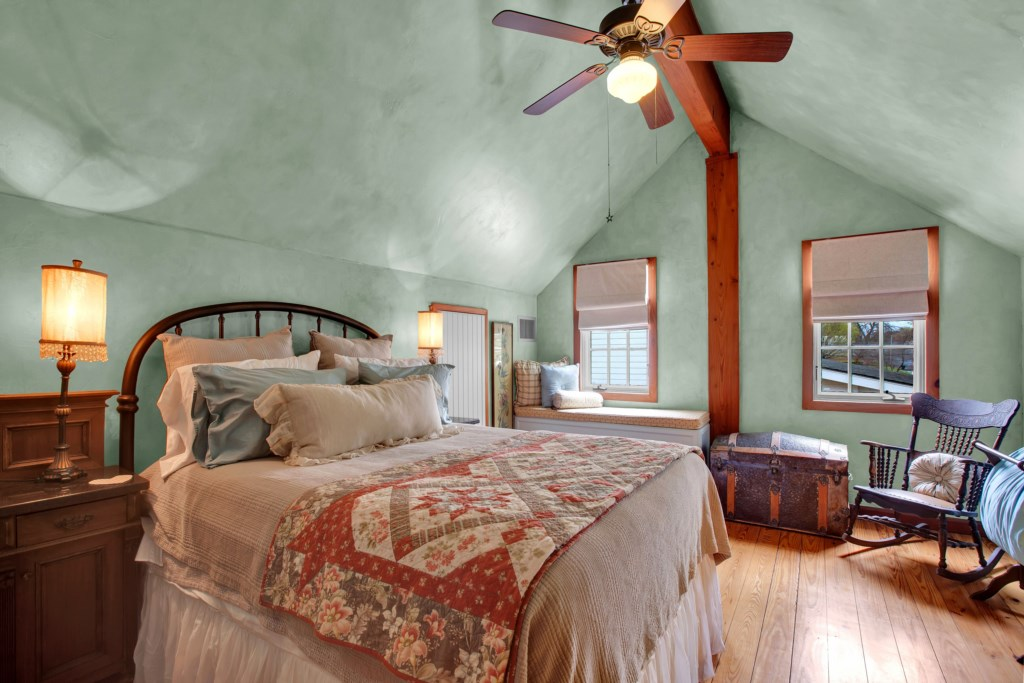 Front House Guest Bedroom 1