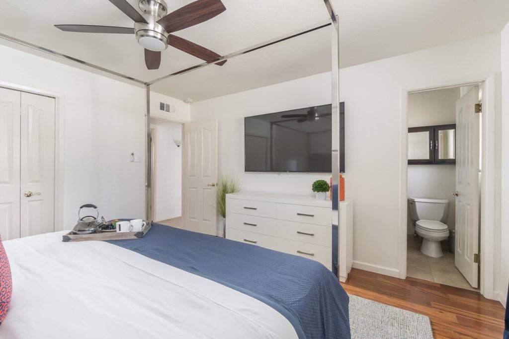 Master Bedroom with connected en-suite bathroom