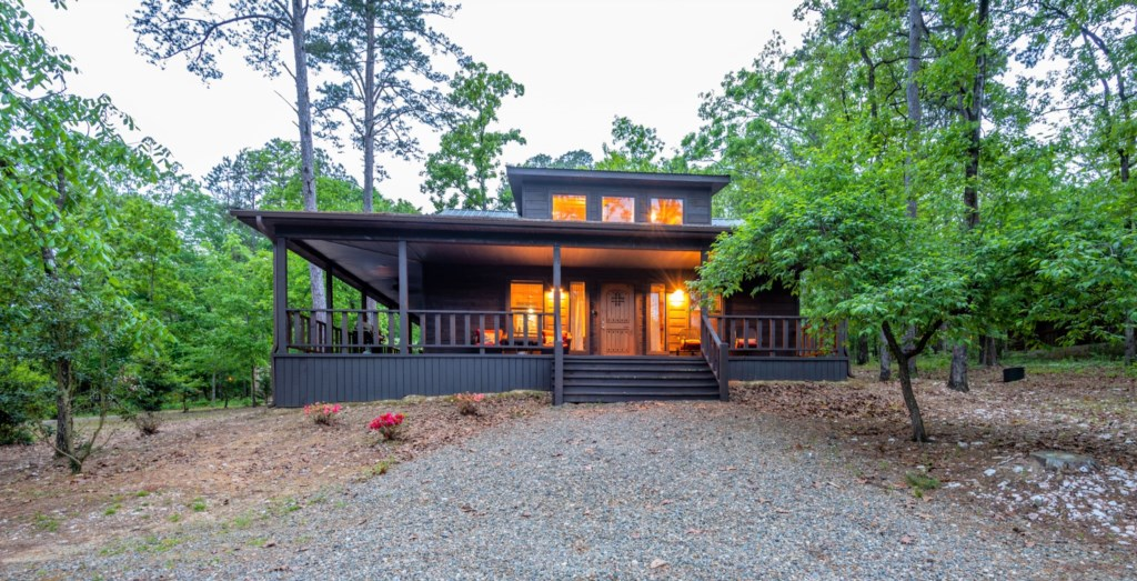 Chinaberry Lodge Broken Bow Cabins