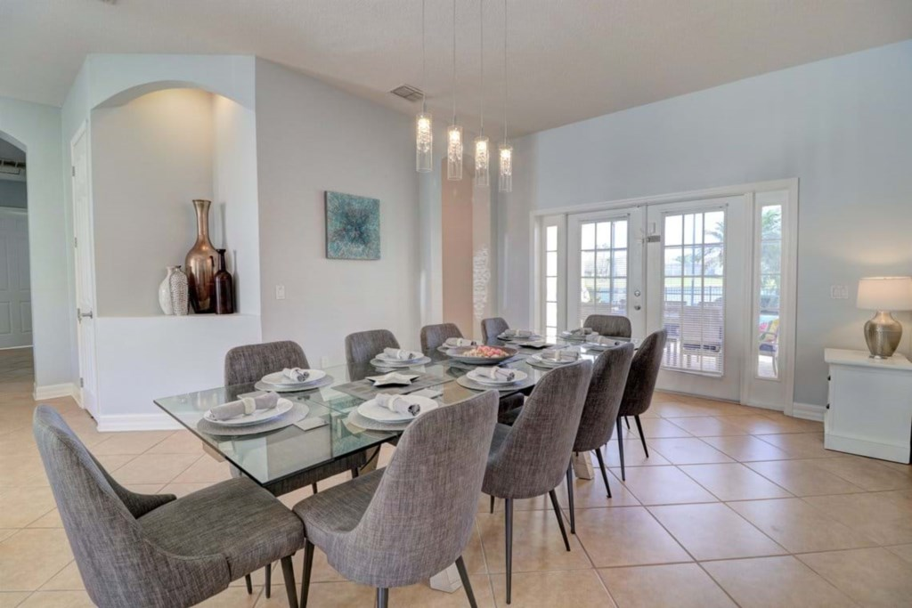 1_dining_room_A_1293_4_5_red_size.jpg