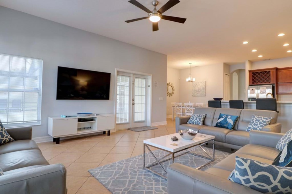 Relaxing living room area with flat screen TV