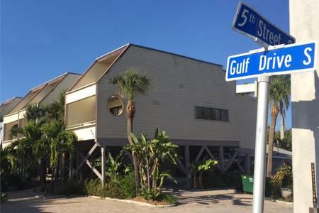 Corner Gulf & 5th.jpg
