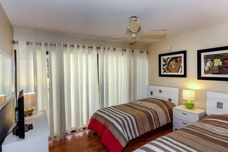 Guest Bedroom.jpg