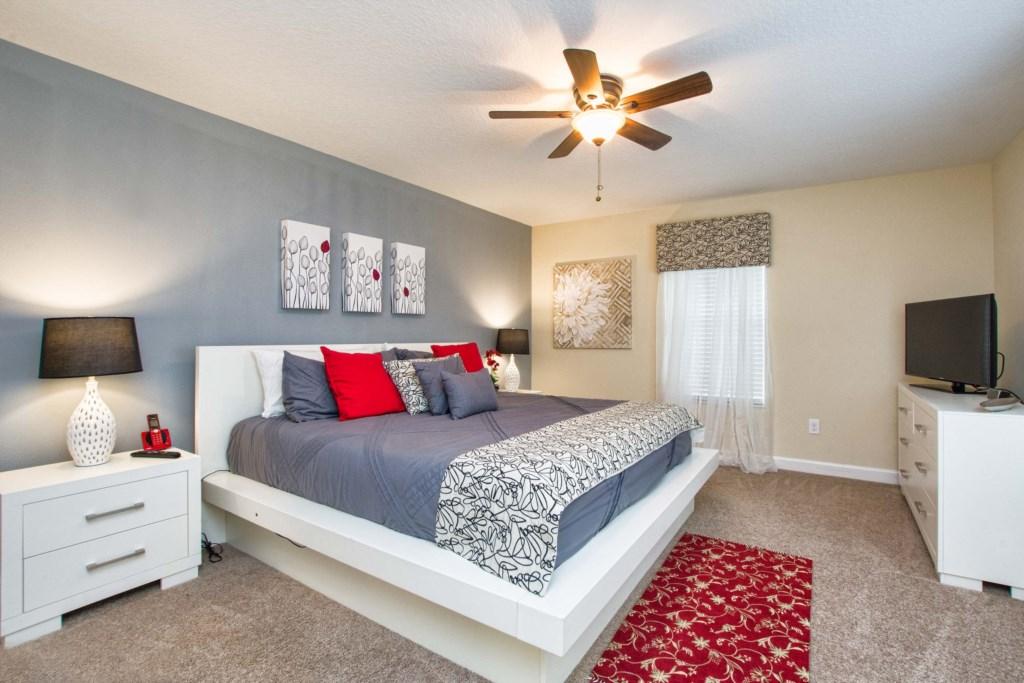 24-Bedroom3