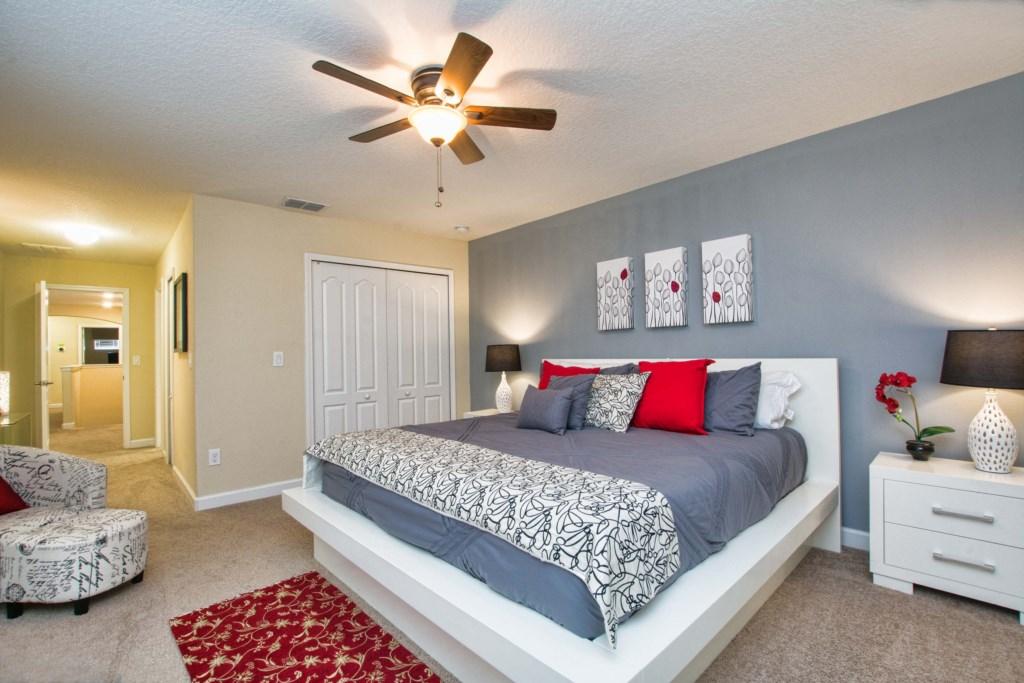 25-Bedroom32
