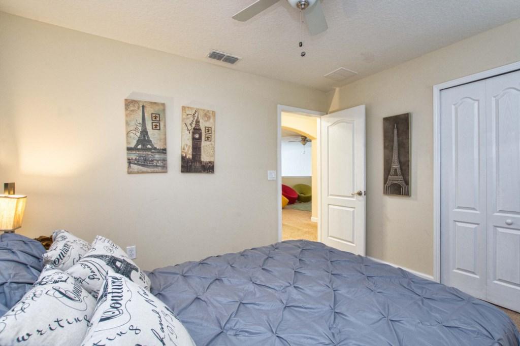 31-Bedroom52