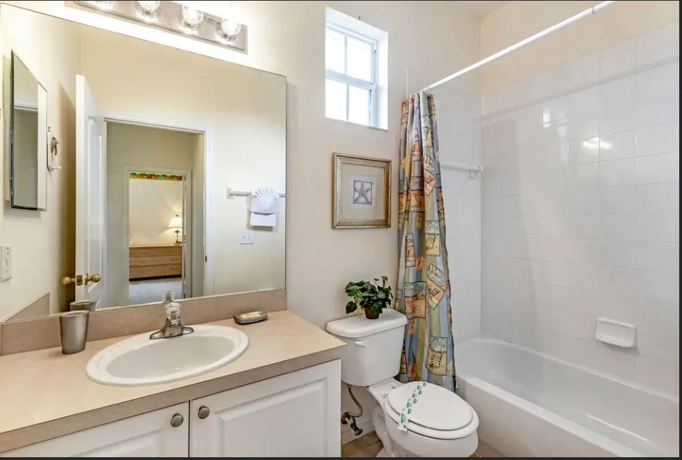 Bathroom #3.JPG