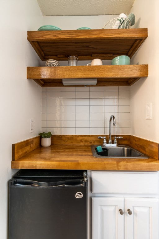 Cute Kitchenette for your Comfort