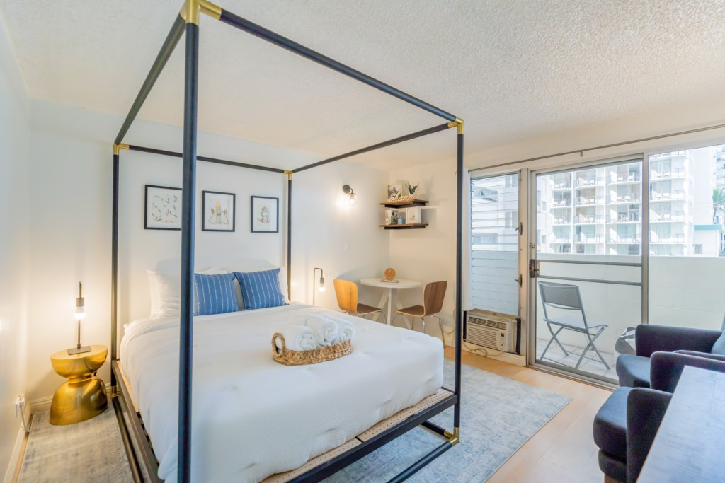 Newly Renovated Studio   Two blocks from the beach
