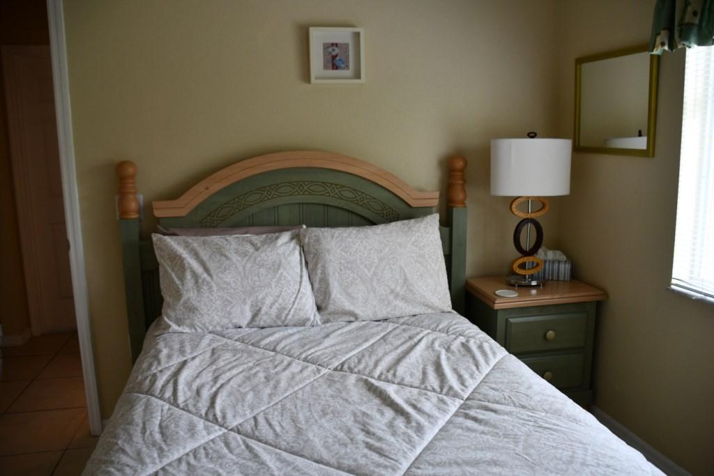 Full size Bedroom