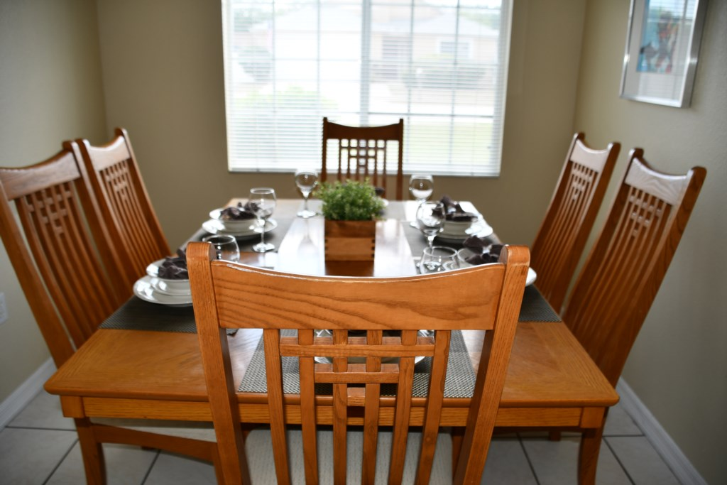 Large Dining area with cofortable seating for 6