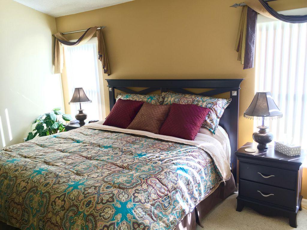 master bedroom (002).jpg