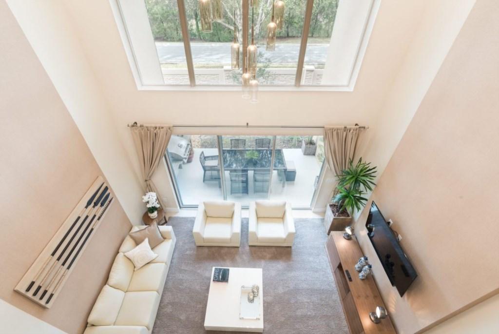 MVY Living Room1.JPG