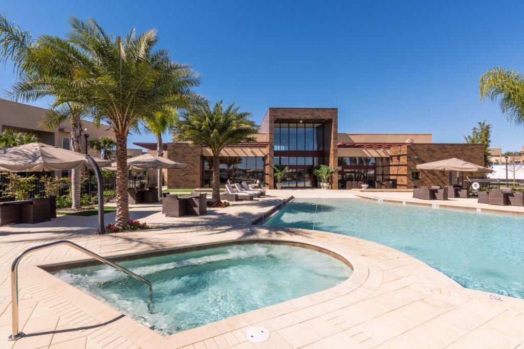 Pool-daytime1