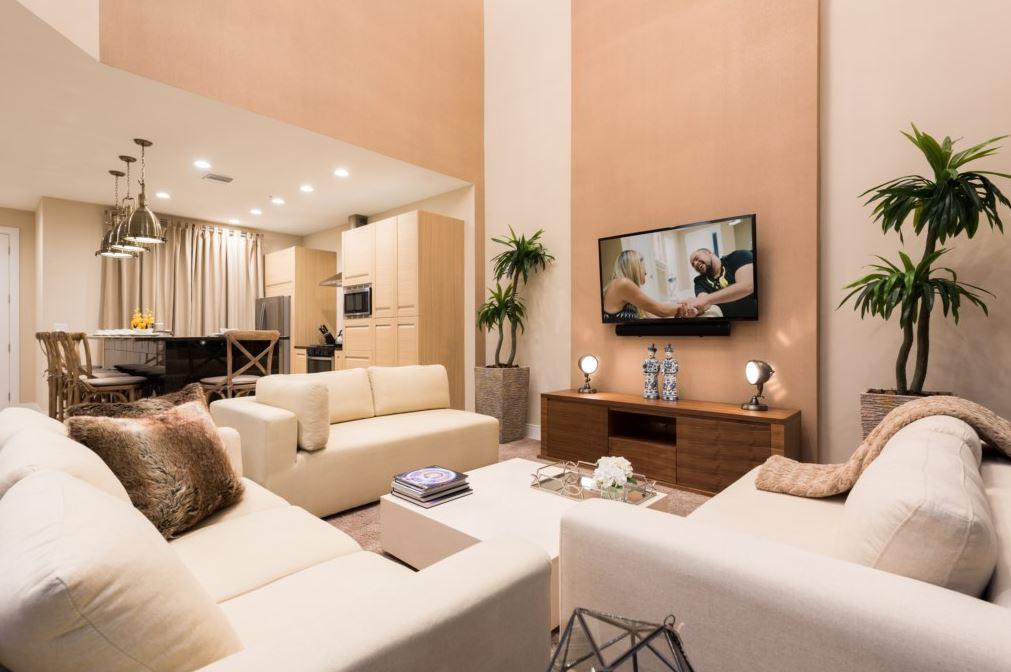 MVY Living Room3.JPG