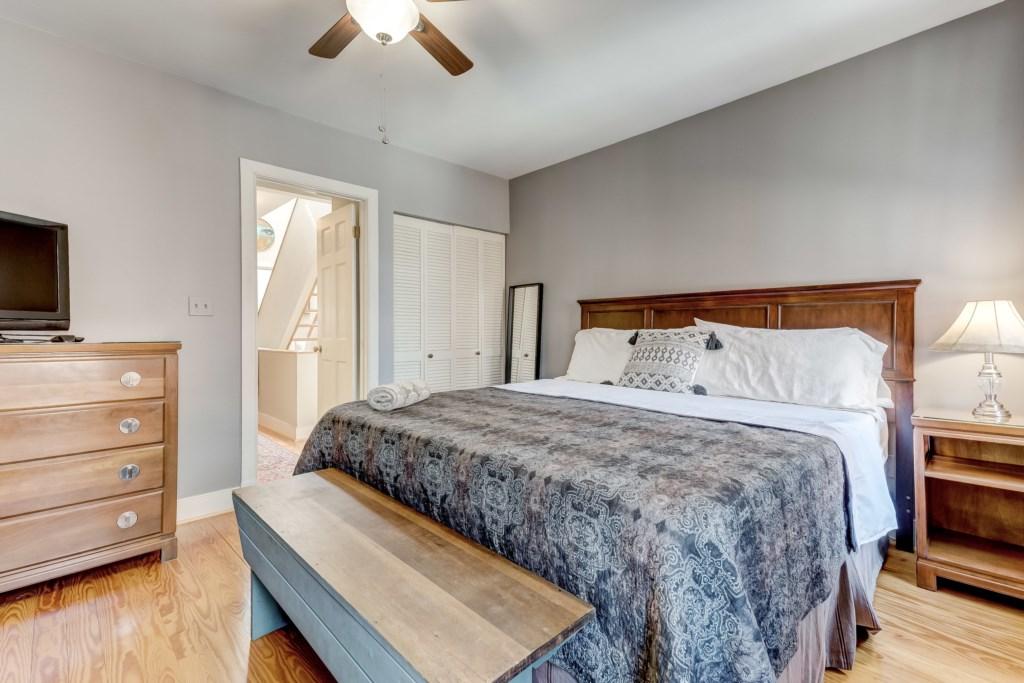 Guest Bedroom Photo 2 of 2
