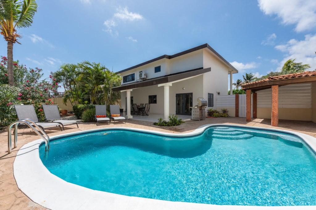 Modern house in Koyari with Private Pool