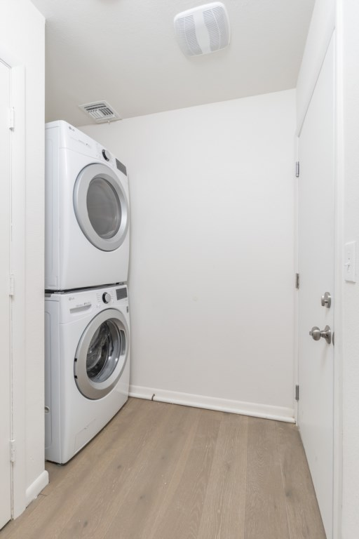 Washer and dryer in available for use with laundry pods