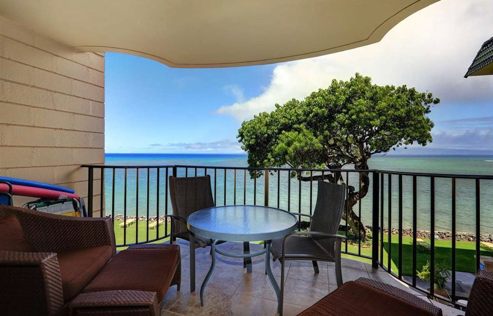 Enjoy beautiful, unobstructed panoramic Ocean views from your own spacious private lanai.