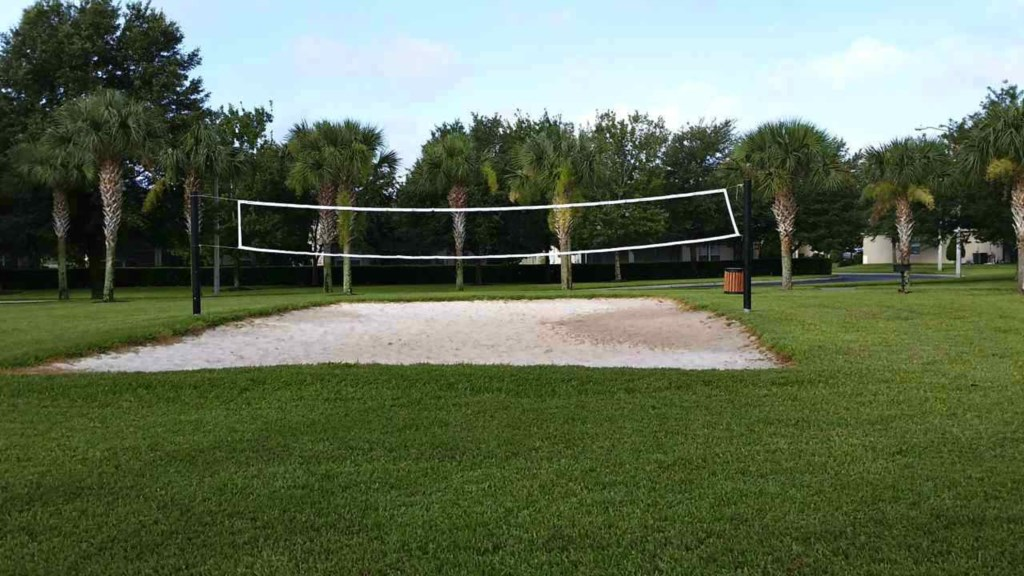 Windsor-Hills-Volleyball-court.jpg