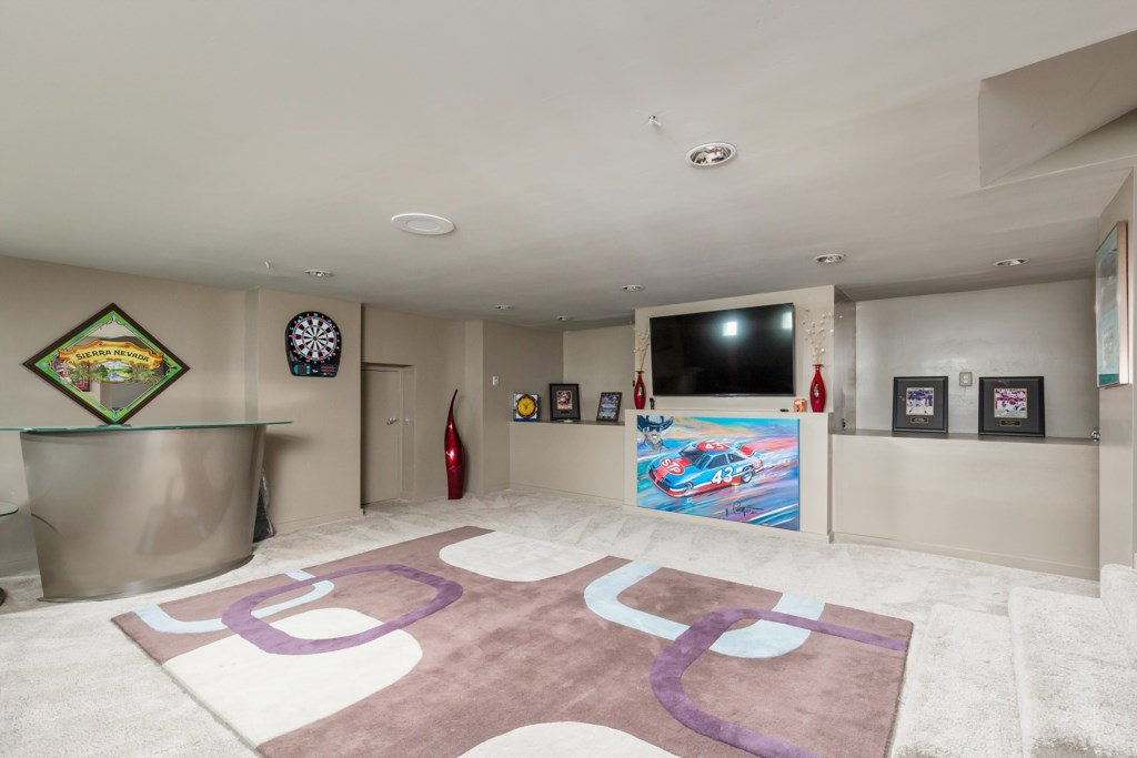 5th Optional bedroom: Game room