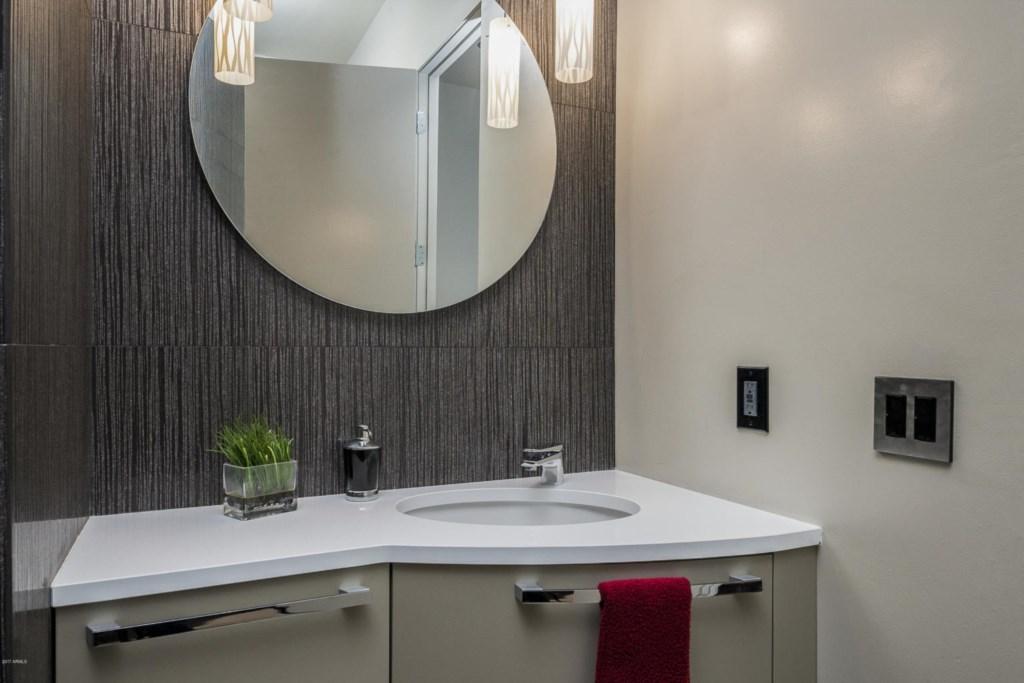 2nd Bathroom - ensuite
