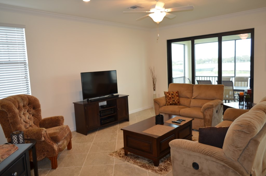 Open concept living making it ideal for family gatherings and entertaining
