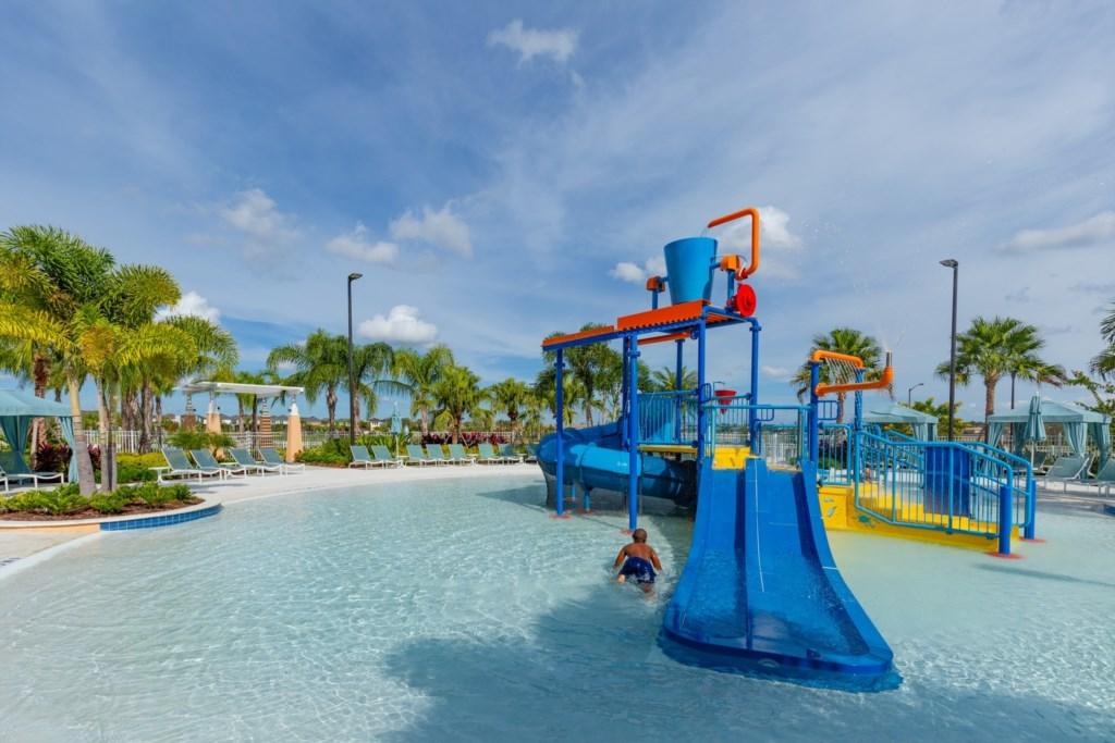 Master Vacation Homes Solara Resort (13).jpg