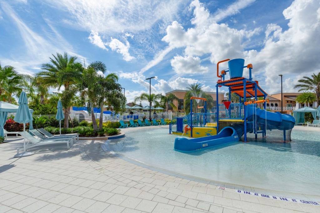 Master Vacation Homes Solara Resort (14).jpg