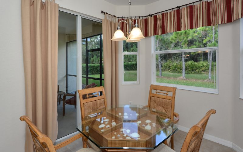 Breakfast Nook with Access to Patio