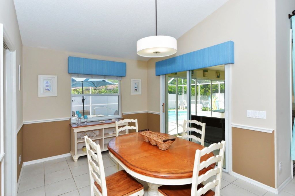 Breakfast Nook next to Sun Room