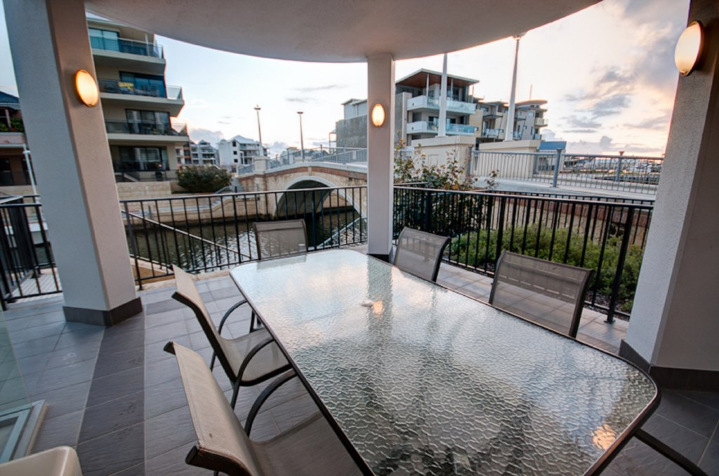 Dolphin Quay Apartment-3 Bedroom