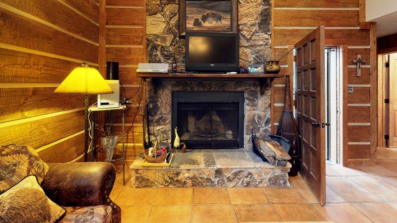 GDqVDV3d1s9-Living_Room.jpg