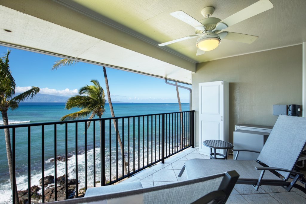 Enjoy the Ocean breeze relaxing on your lanai.