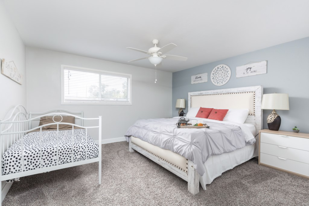 Master Bedroom with King bed and Twin day bed