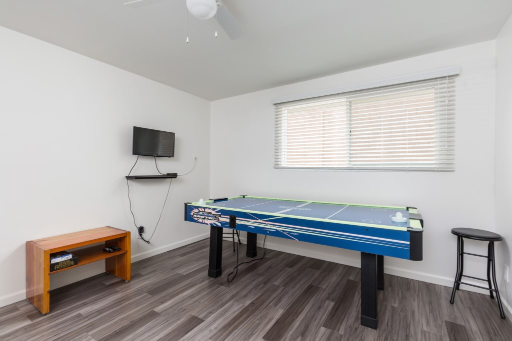 Game room for kids to enjoy!