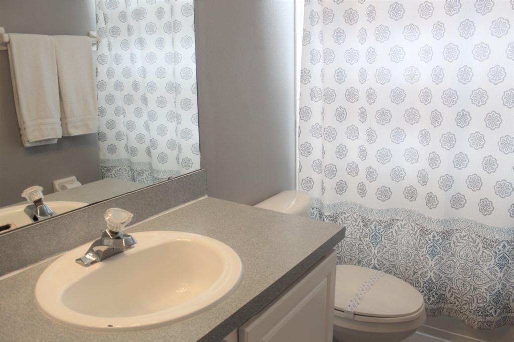 Elma's Southern Dunes House - Bathroom 3 (Upstairs)