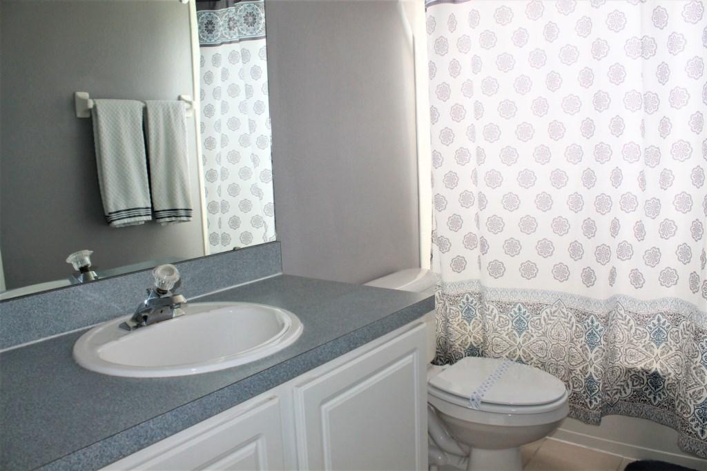 Elma's Southern Dunes House - Bathroom 4 (Upstairs)