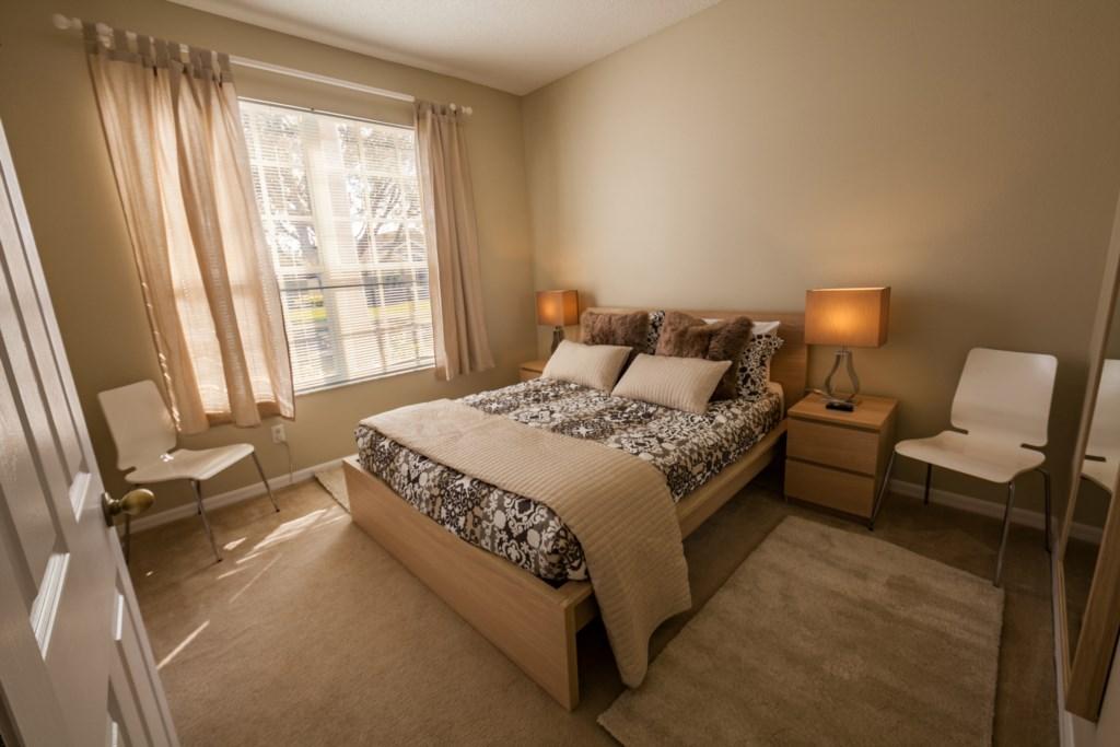 QueenBedroom-1