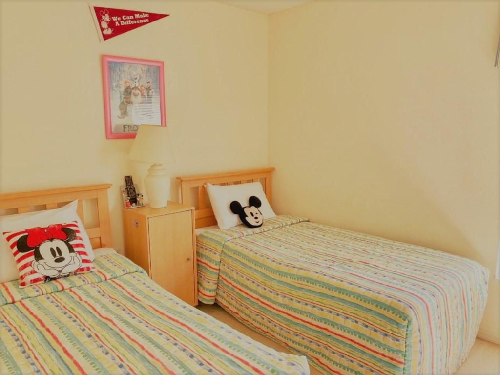 2709KL twin bed.jpg